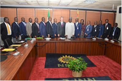 nigeria_groupphotograph_total_nnpc.jpg
